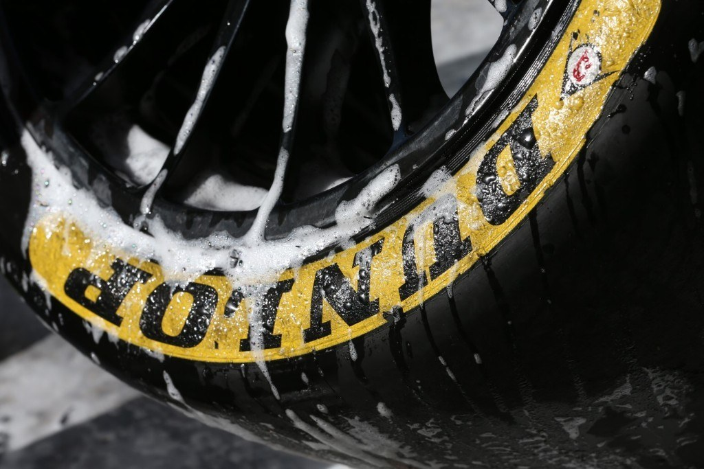 Test de Dunlop en MotorLand Aragón: desde dentro