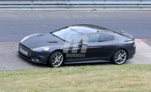 Aston Martin exprime el nuevo Rapide AMR en Nürburgring