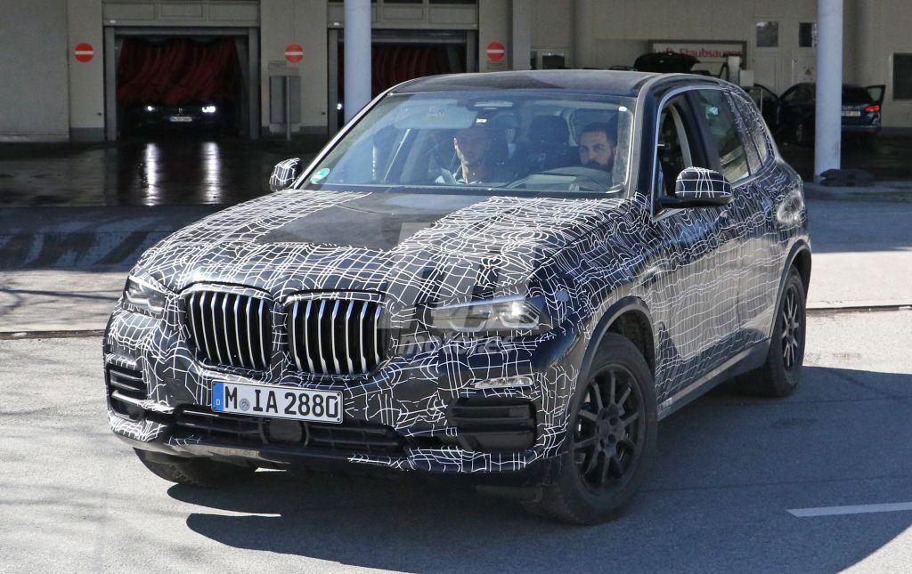 El nuevo BMW X5 G05 nos muestra por primera vez su habitáculo