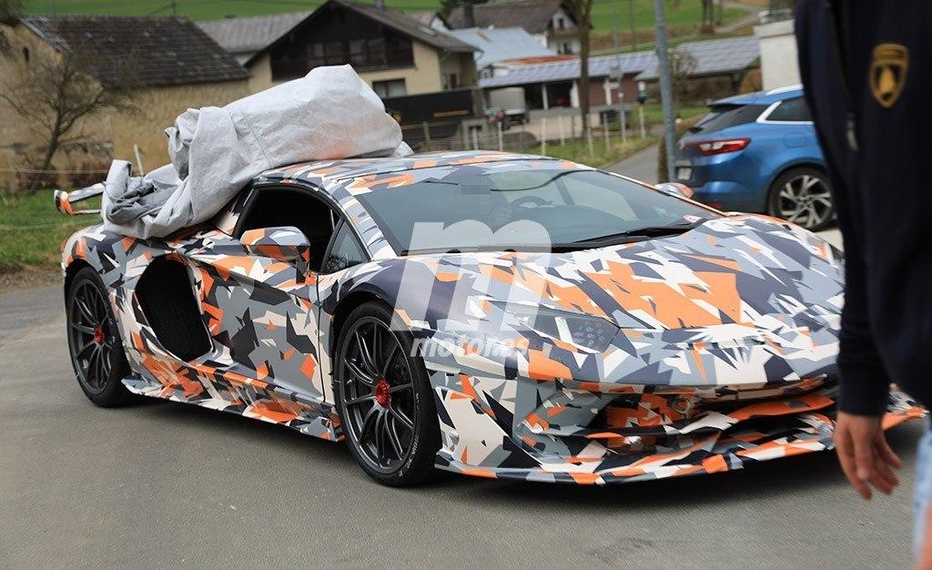 2011 - [Lamborghini] Aventador LP700-4 - Page 26 Lamborghini-aventador-sv-jota-fotos-espia-201845464_7