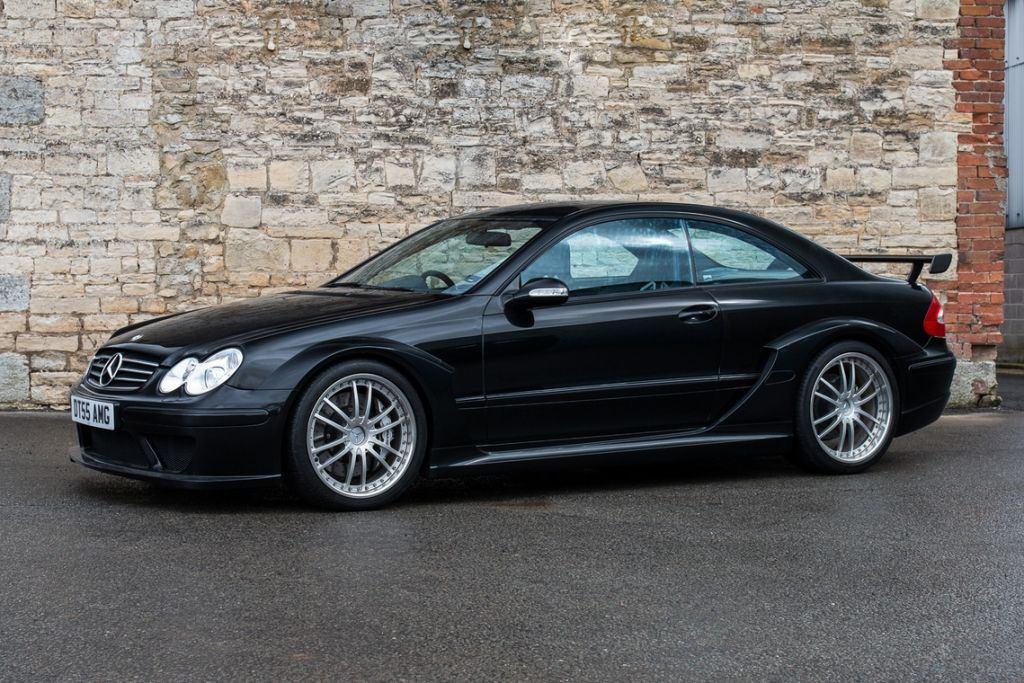Uno de los raros Mercedes-AMG CLK DTM a subasta