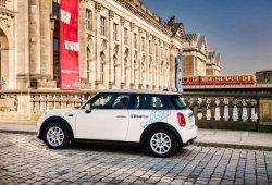 BMW y Daimler fusionan Drive Now y car2Go en la mayor empresa de movilidad de Europa