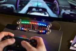 Thrustmaster lanza el BT LED Display para PlayStation 4