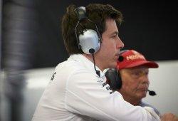 """Wolff: """"En Mercedes no hay margen para más errores este año"""""""