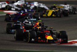 Red Bull confirma que el accidente de Verstappen en Sakhir fue un error humano