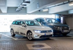 El Grupo Volkswagen ofrecerá de serie desde 2020 el aparcamiento autónomo