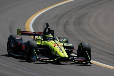 Sébastien Bourdais espanta sus fantasmas en Phoenix con la pole