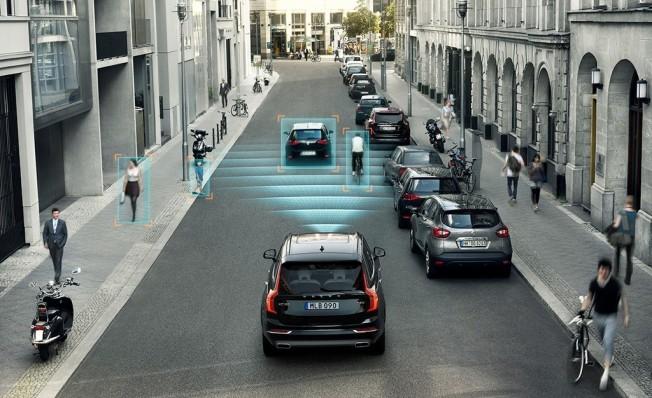 Sistemas de asistencia a la conducción de Volvo
