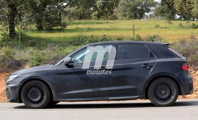 Audi A1 2018 - foto espía lateral
