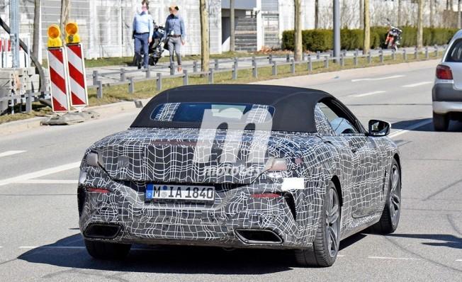 BMW M850i Cabrio - foto espía posterior