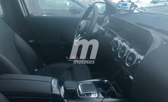Mercedes Clase B 2019 - foto espía interior