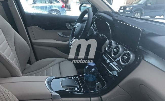 Mercedes Clase GLC 2019 - foto espía interior