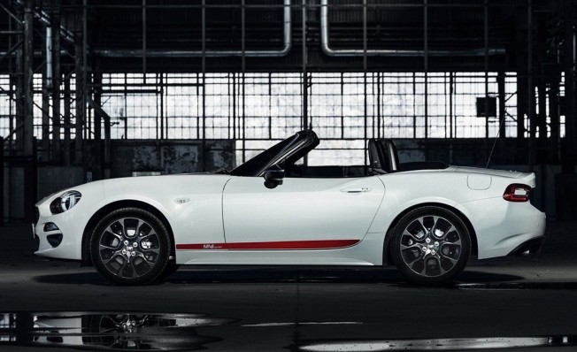 Fiat 124 Spider S-Design - lateral