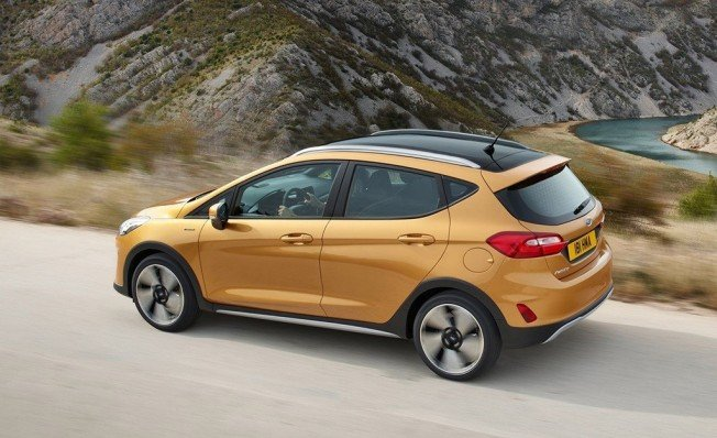 Ford Fiesta Active - posterior