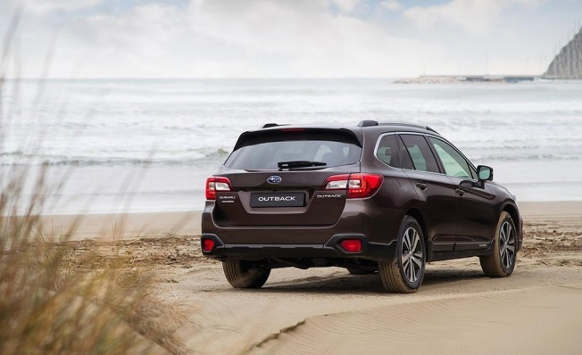 Subaru Outback Executive Plus S - posterior