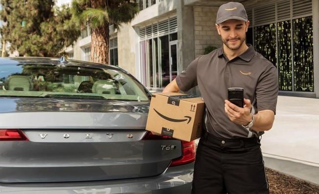 Volvo ofrece servicio de entrega en vehículo a través de Amazon Key