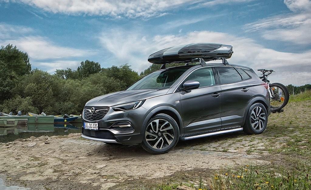 El nuevo Opel Grandland X se vuelve más práctico con estos accesorios