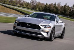 El Mustang GT Performance Pack Level 2 luce incluso mejor en circuito