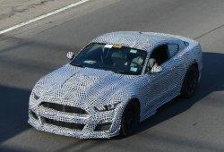 El nuevo Mustang Shelby GT500 muestra su abultado capó