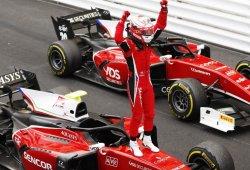 Fuoco gana una accidentada carrera sprint; séptimo puesto de Merhi