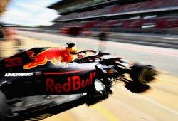 Verstappen marca el mejor tiempo en el primer día de test; Sainz, segundo
