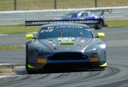 Pole del Aston Martin #76 en las 3 Horas de Silverstone
