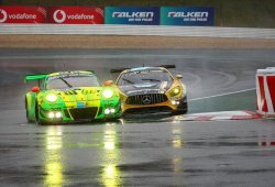 Porsche se anota unas locas 24 Horas de Nürburgring