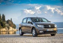 Francia - Abril 2018: El Dacia Sandero impresiona