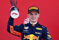 Verstappen alcanza el podio a pesar de un nuevo toque