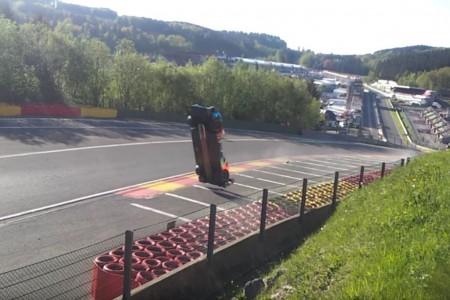 Así fue el terrible accidente del BR1 de SMP Racing en Spa