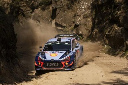 Thierry Neuville sobrevive a la criba del Rally de Portugal