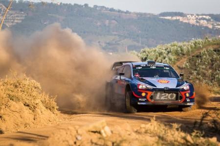 Thierry Neuville tiene el Rally de Portugal en sus manos