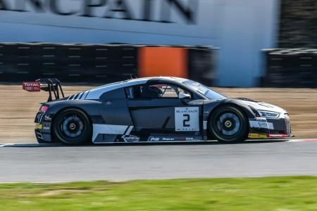 Triunfo del Audi #2 en Brands Hatch con Riberas segundo