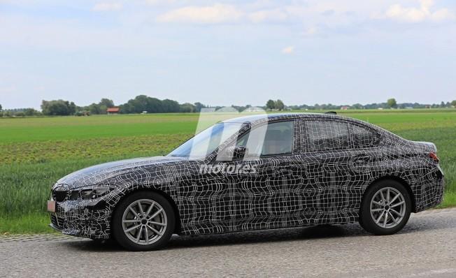 BMW Serie 3 2019 - foto espía lateral