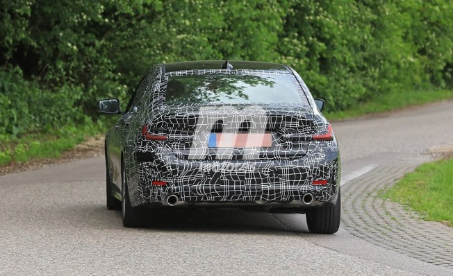 BMW Serie 3 2019 - foto espía posterior