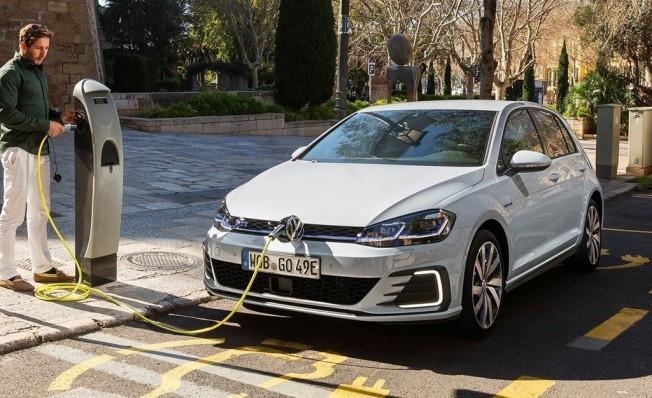 Gas Natural Fenosa apuesta por el coche eléctrico con Servicar
