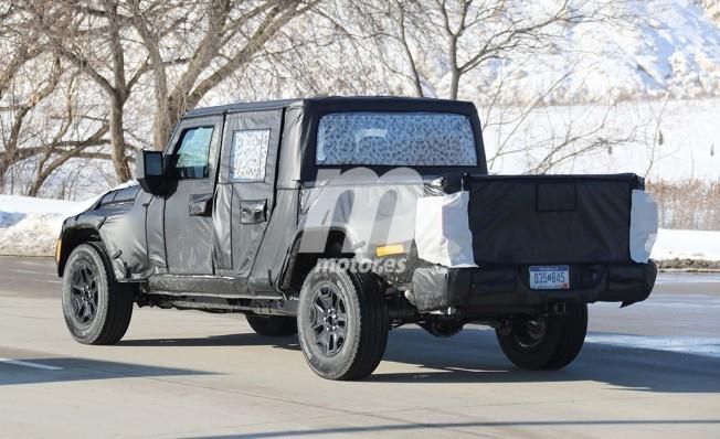 Jeep Scrambler 2019 - foto espía posterior