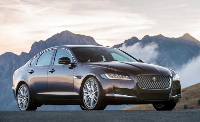 Jaguar XF
