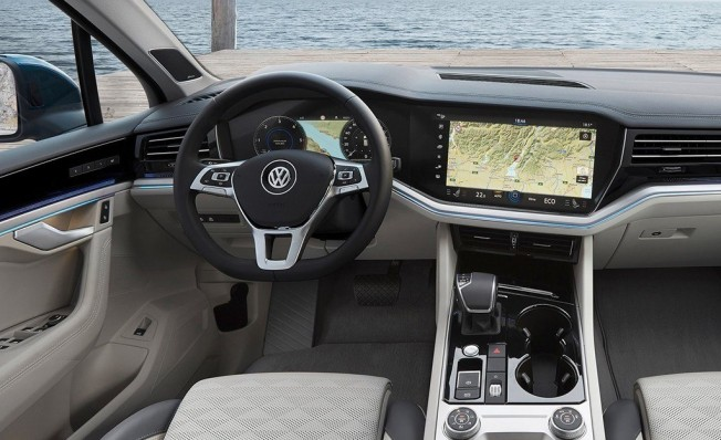 Volkswagen Touareg 2018 - interior
