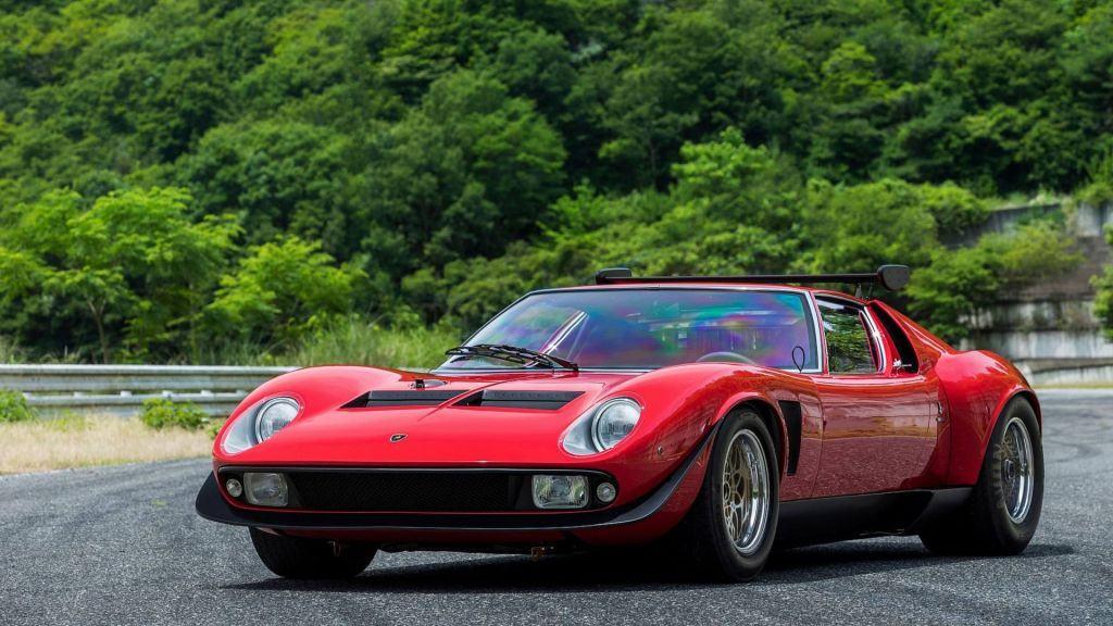 Lamborghini restaura el único y espectacular Miura SVR de 1974