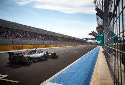 Mercedes se lamenta en Paul Ricard al no haber materializado un doblete