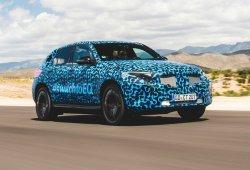 El esperado Mercedes EQC estrena camuflaje a su paso por España