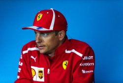 """Räikkönen: """"La mitad de la pista es con DRS, podría ser demasiado fácil adelantar"""""""