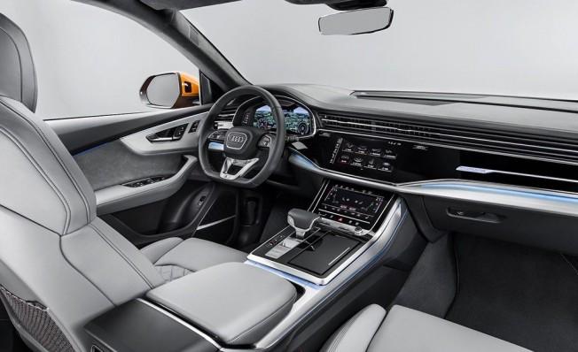 Audi Q8 2018 - interior