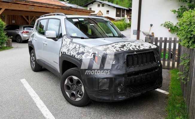 Jeep Renegade 2019 - foto espía