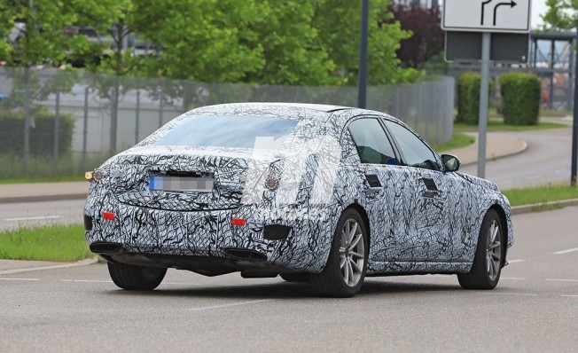 Mercedes Clase S 2020 - foto espía posterior
