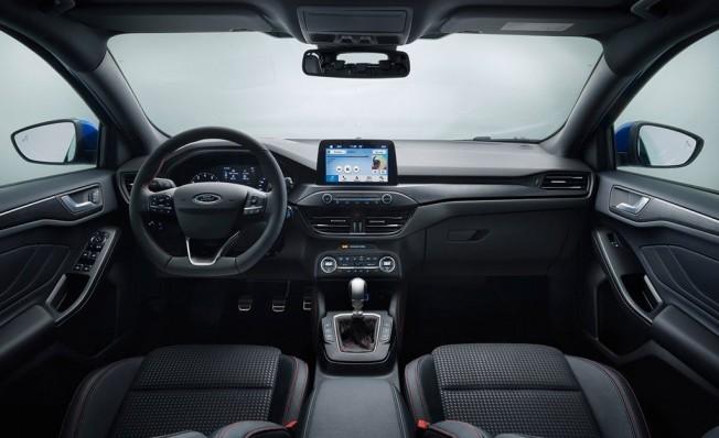 Ford Focus 2018 - interior