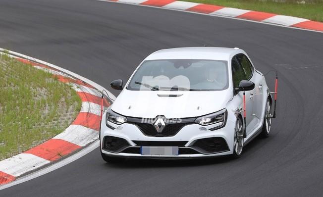 Renault Mégane RS Trophy 2019 - foto espía