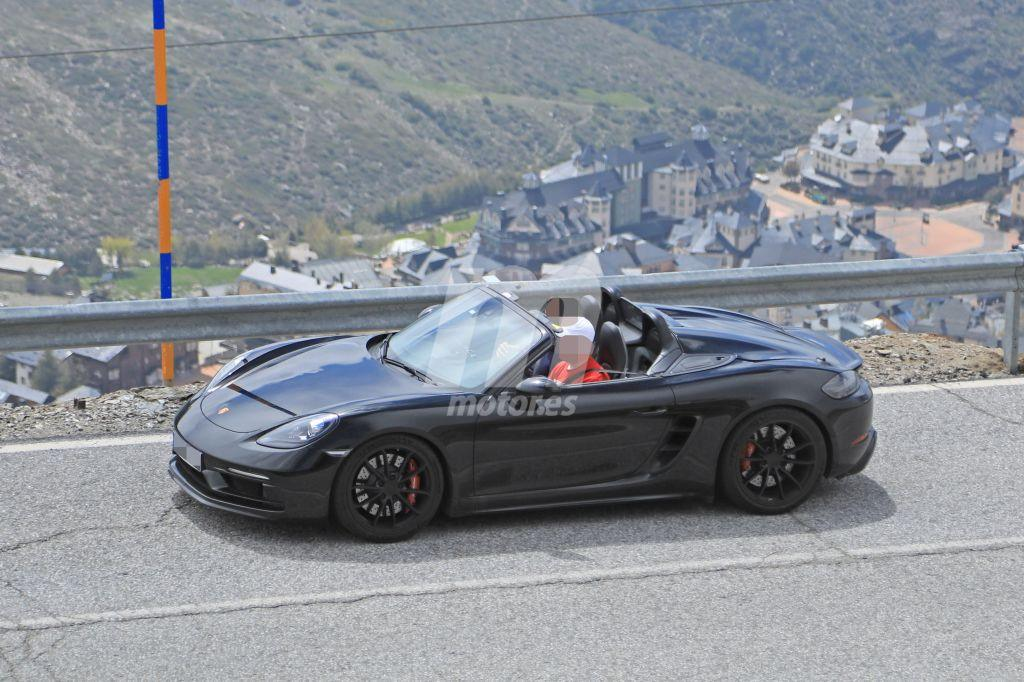 Cazamos el Porsche 718 Spyder descapotado por primera vez