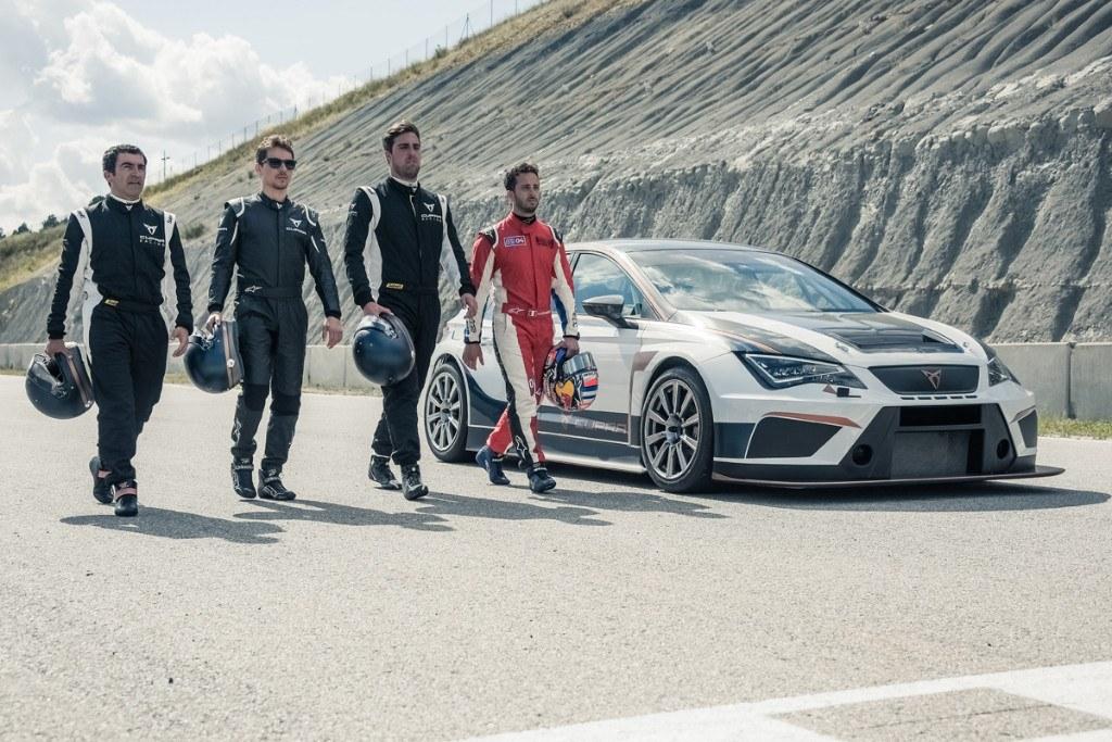 Lorenzo y Dovizioso prueban el Cupra TCR en Castellolí